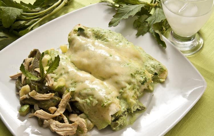 Receta de Enchiladas poblanas con pollo