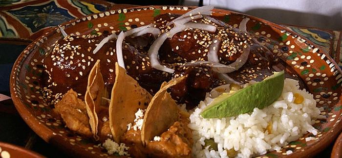 Receta de Enchiladas de mole deliciosas y fáciles de preparar