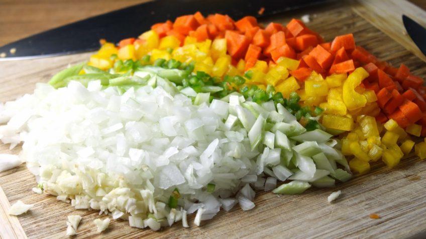 Receta de arroz con pollo picar aliños