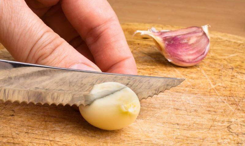 Receta de huevos revueltos rebanar los dientes de ajo