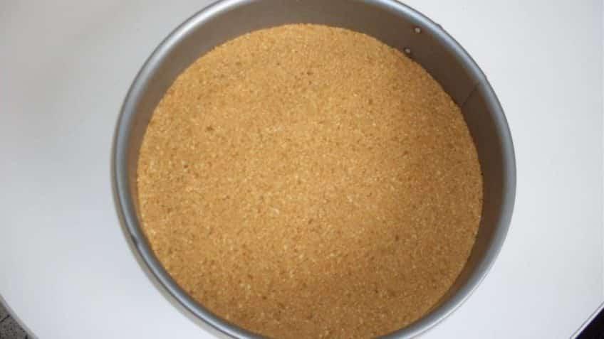 Receta de pastel de limón enmoldar con base de galletas