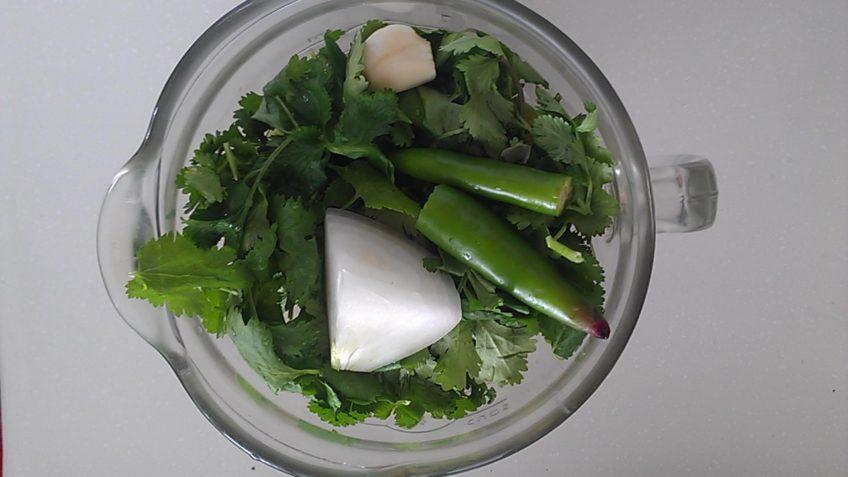 Receta de pollo en salsa verde ingredientes en la licuadora
