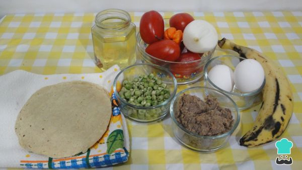 Receta de huevos motuleños Ingredientes