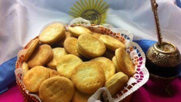 en argentina los bizcochos salados se suelen acompañar con el mate