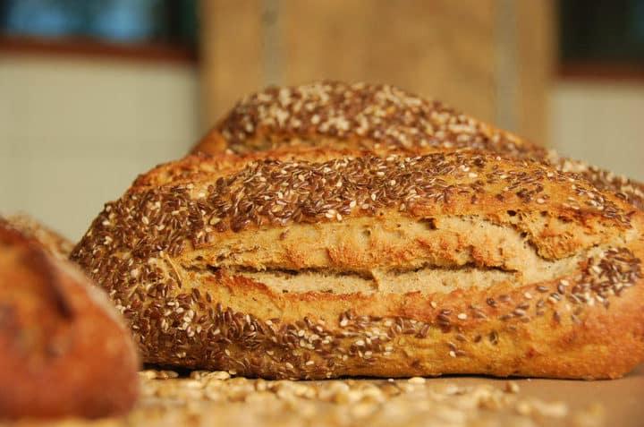 Pan aleman con cubierta de granos