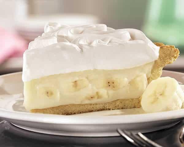tarta de banana con sus diferentes capas