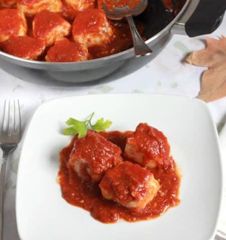 preparacion de merluza con tomate