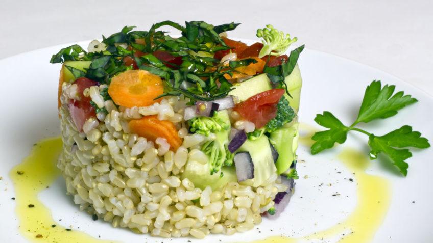 ensalada de arroz integral