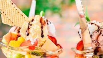 ensalada de frutas con helado