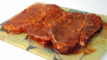 lomo adobado en su salsa