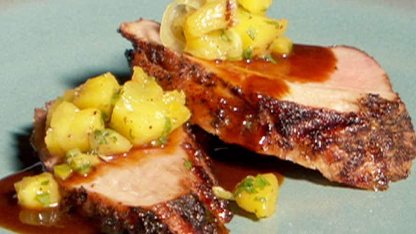 lomo de cerdo con salsa de piña